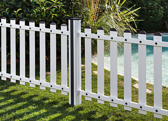 Pvc fencing and garden products extruplesa s a for Vallas de pvc para jardin